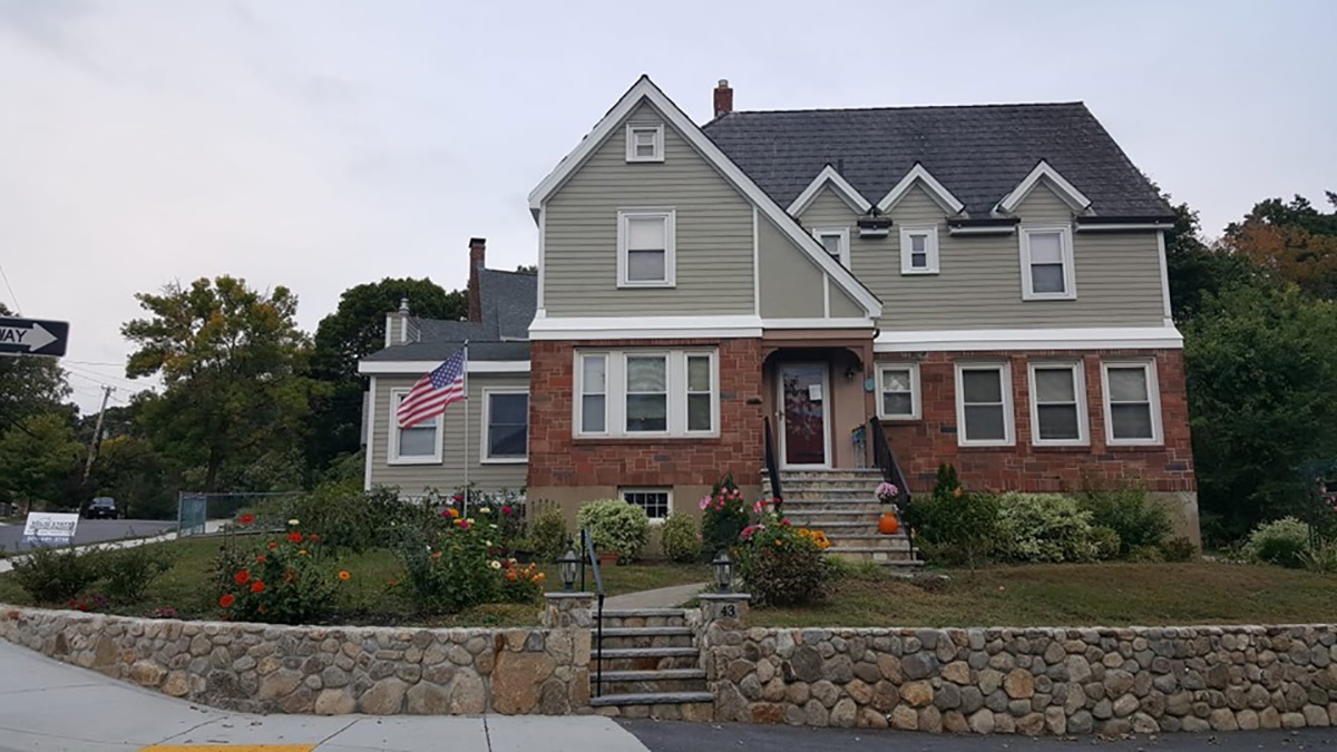Westborough - Siding, Roofing, Windows, Doors, Decks - Solid State Construction