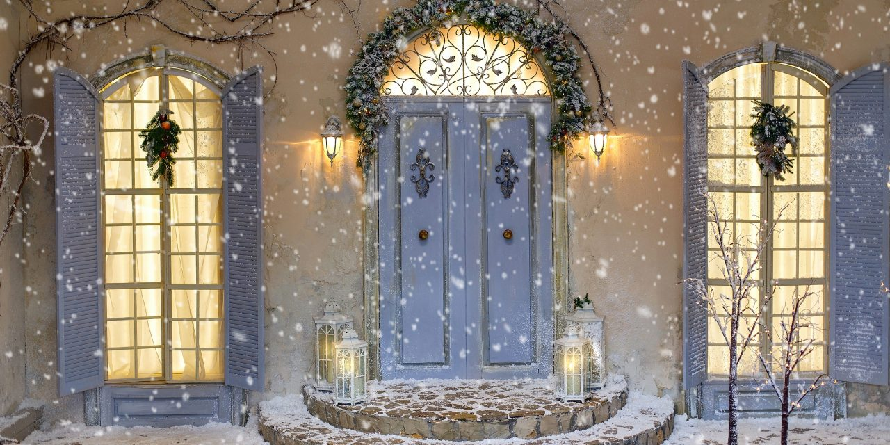 https://www.solidstateconstruction.com/wp-content/uploads/2020/11/Best-Entry-Door-For-Winter-in-MA-1280x640.jpg