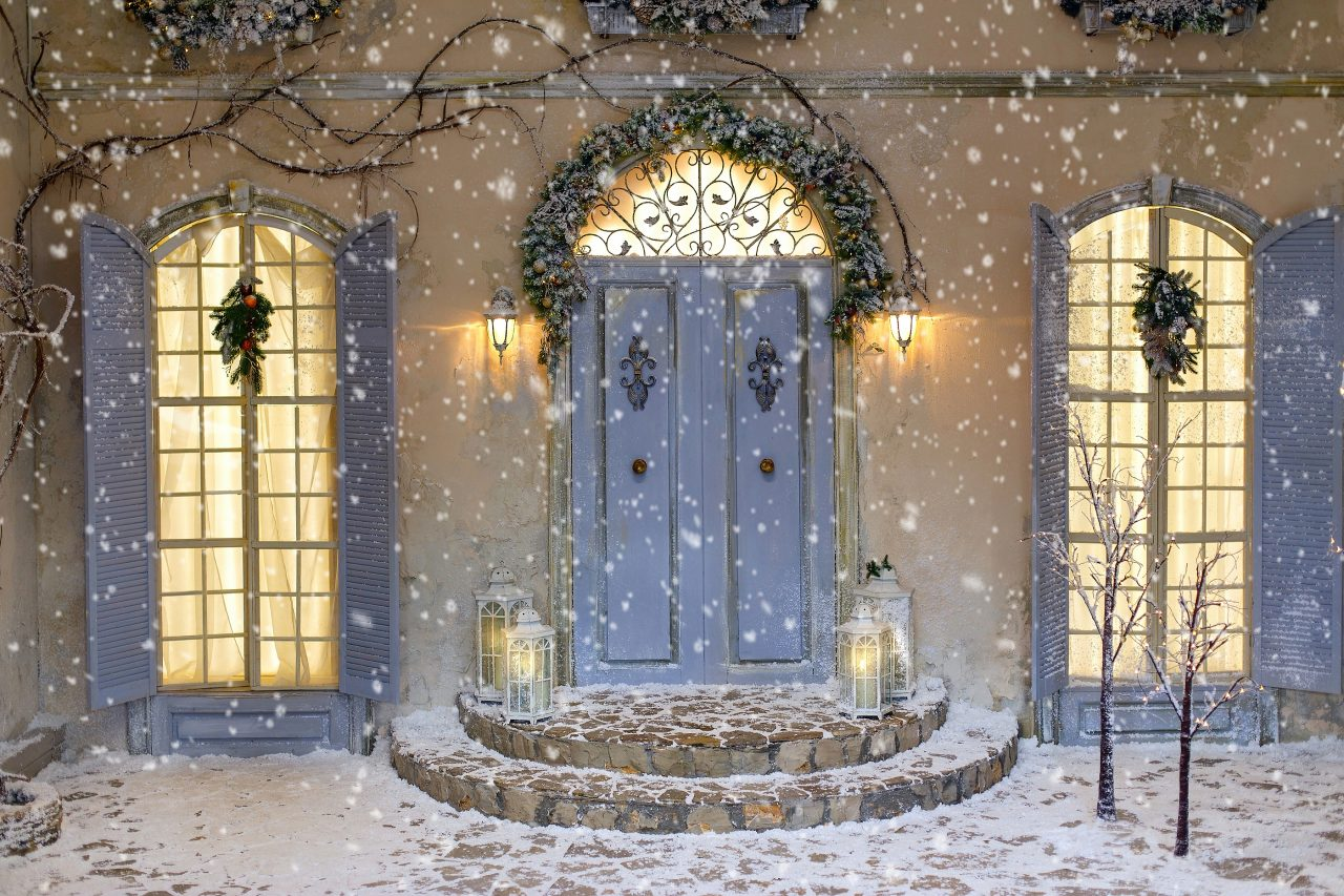 https://www.solidstateconstruction.com/wp-content/uploads/2020/11/Best-Entry-Door-For-Winter-in-MA-1280x853.jpg