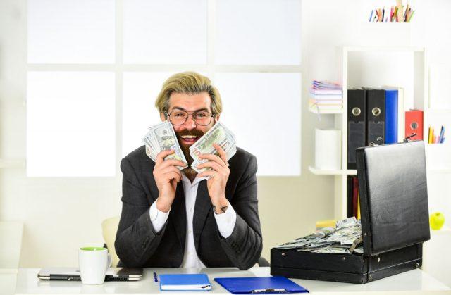 greedy window salesman making money from buy 1 get 1 window sale scams
